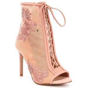 NEW GIANNI BINI NUDE FLORAL LACE UP BOOTIES